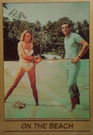 james-bond-eclipse-trading-cards-series-one-ursula-andress-002
