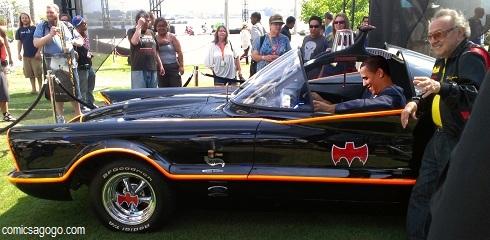 Barak Obama in Batmobile