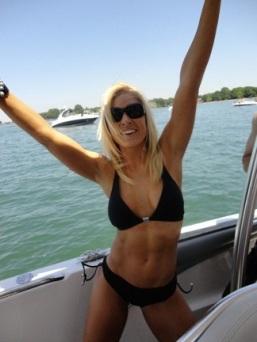 Fox News Girl, Anna Kooiman, in a bikini