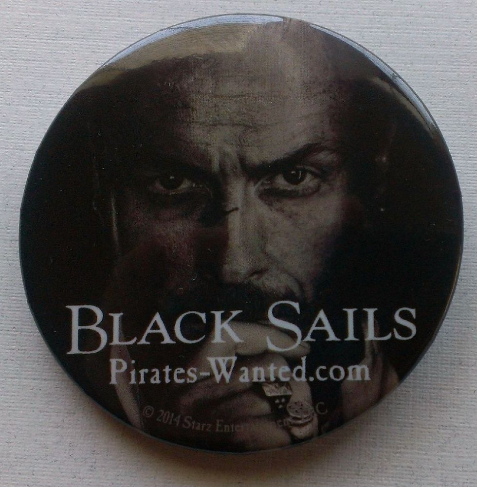 black-sails-pin-comic-con-2013