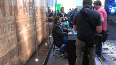 comic-con-2013-legendary-booth-signing