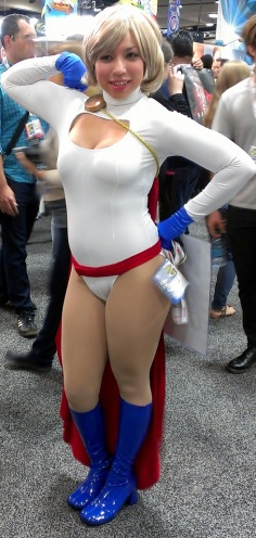 Power Girl Cosplayer