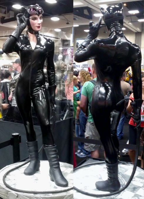 Sexy Catwoman front and back by Sideshow Collectibles