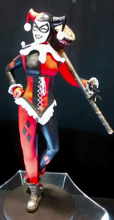 Harley Quinn by Sideshow Collectibles