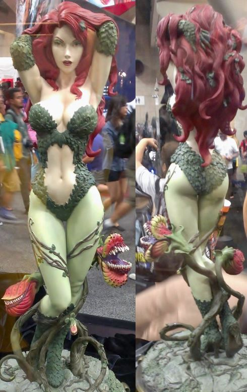 Sexy Poison Ivy front and back by Sideshow Collectibles