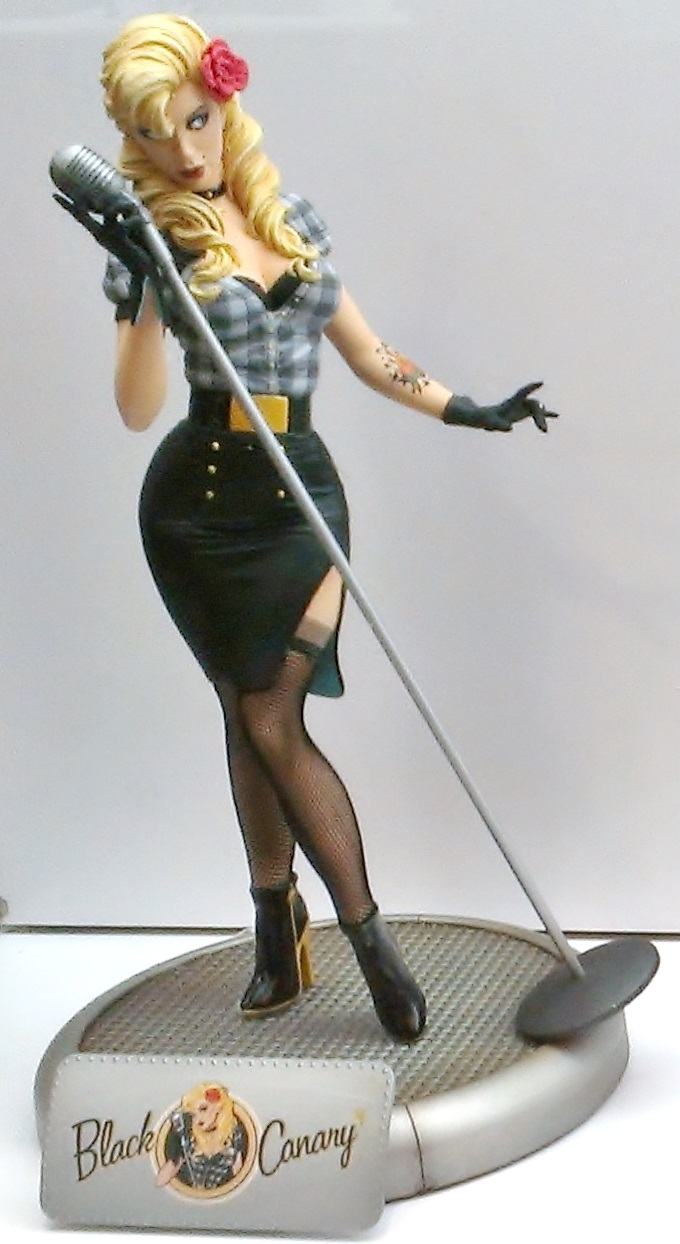 DC Bombshell - Black Canary Statuette