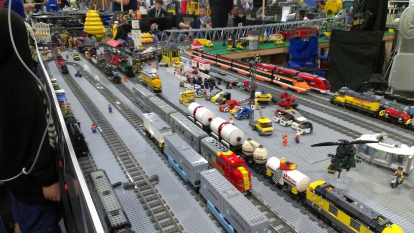 salt-lake-comic-con-legos-001