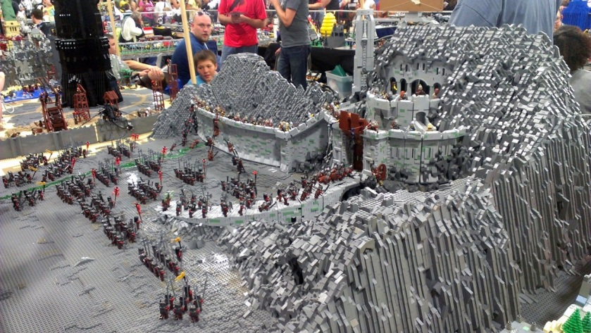 salt-lake-comic-con-legos-00711