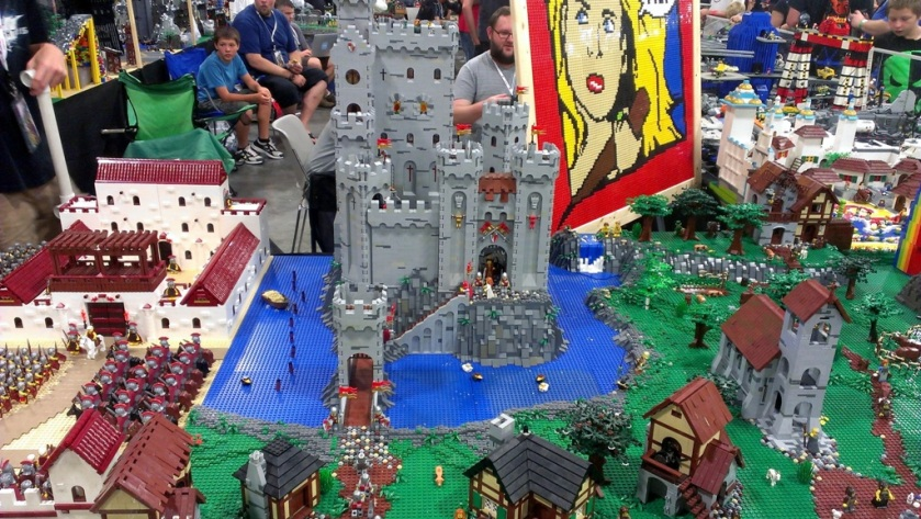 salt-lake-comic-con-legos-0072
