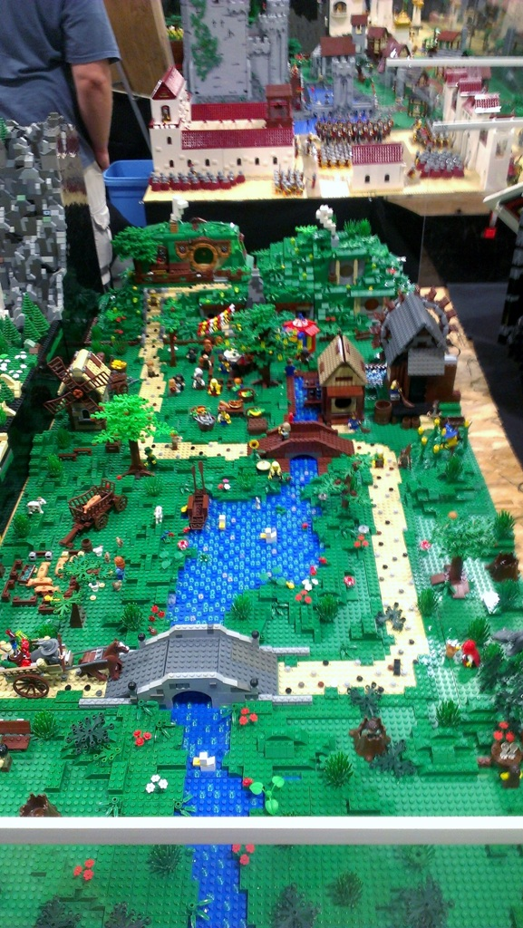 salt-lake-comic-con-legos-0077