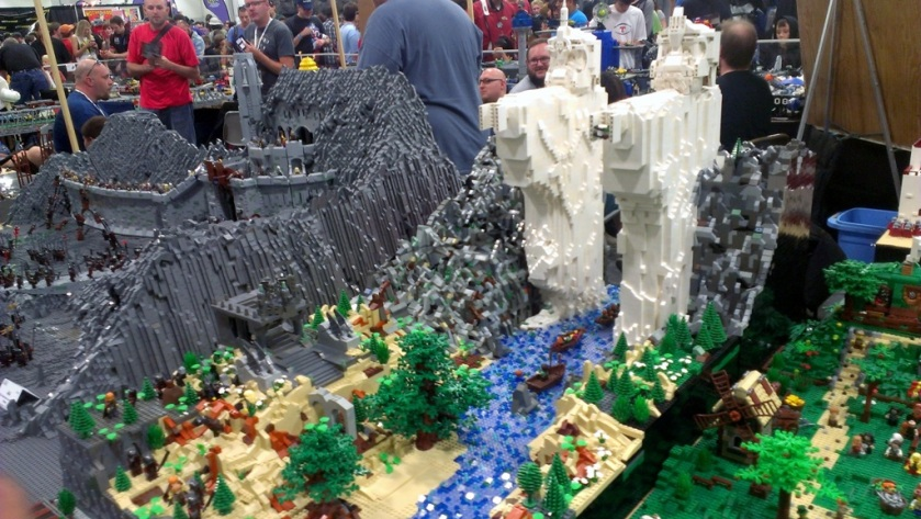 salt-lake-comic-con-legos-0078