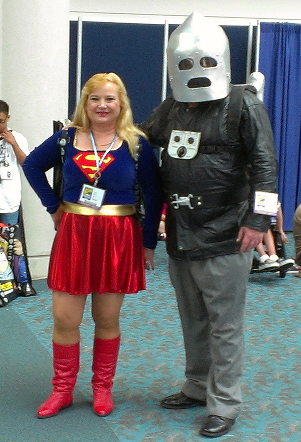 Supergirl and Rocketeer Cosplay