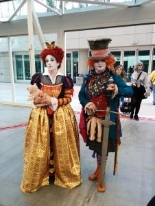 alice-in-wonderland-cosplay