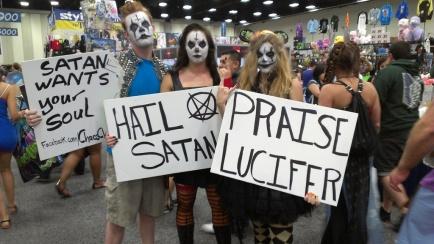 satan-cosplay