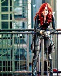 Black Widow cosplayer in a city scene
